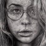 портрет-девушки-с-веснушками