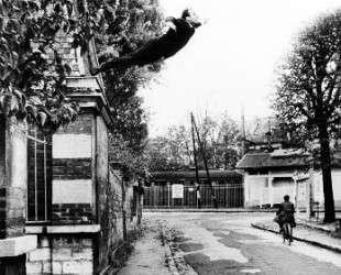 Leap into the Void — Ив Кляйн