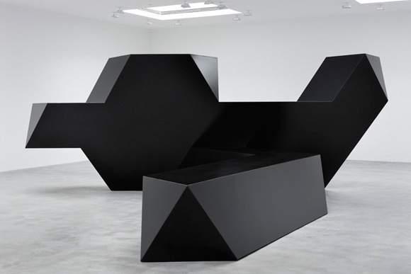 Скульптура Тони Смита