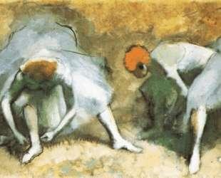 Танцовщицы завязывают пуанты — Эдгар Дега