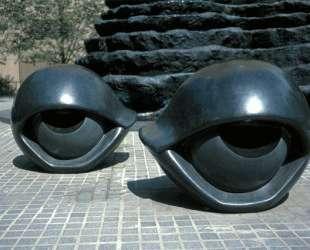 Скамейки в форме глаз I — Луиза Буржуа